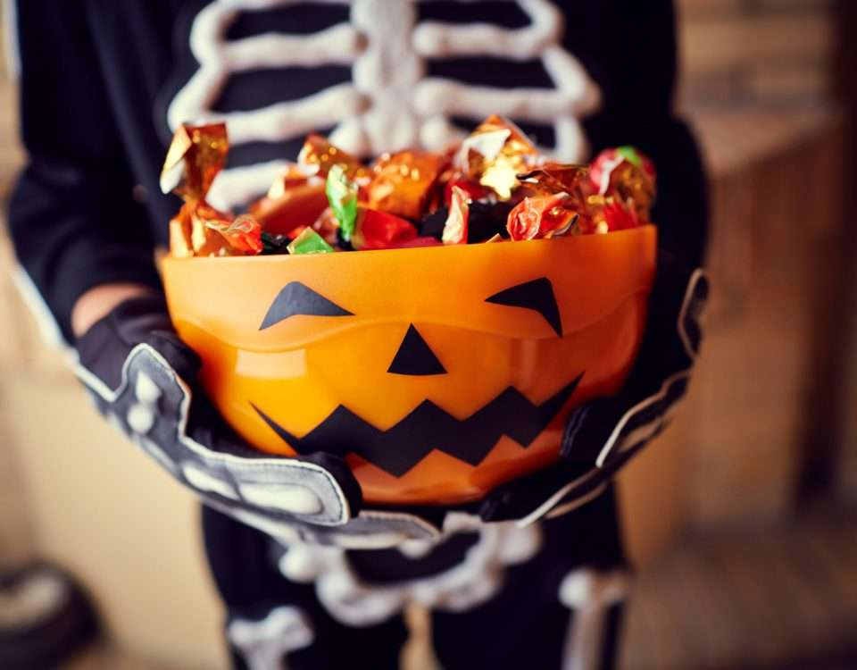 5 Tips on How to Save Money on Halloween